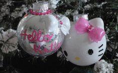 Hello Kitty Christmas Tree Topper | 30 Geekiest Christmas Tree Ornaments! | SMOSH