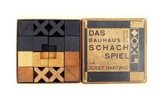 The Bauhaus chess set by Josef Hartwig, produced at the Bauhaus Dessau ca. Walter Gropius, Needle Felted Ornaments, Felt Ornaments, Max Ernst, Moma, Bauhaus Design, Constructivism, Chess Pieces, Gingham