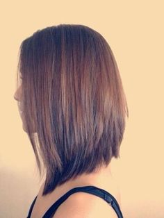 Women's stacked and graduated haircut