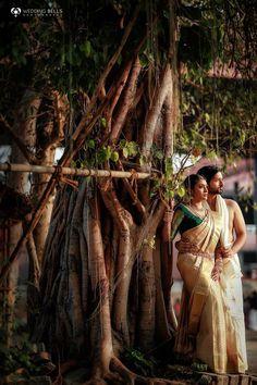 Indian Wedding Couple Photography, Wedding Photography Poses, Wedding Portraits, Wedding Looks, Desi Wedding, Saree Wedding, Couples Images, Pre Wedding Photoshoot, Wedding Story