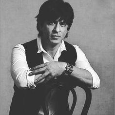 Shahrukh I Love You. Most Favorite, Favorite Person, Om Shanti Om, Best Hero, King Of Hearts, Bollywood Stars, Shahrukh Khan, Star Trek, Actors & Actresses