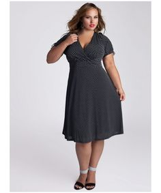 Plus Size Women - Choose Clothes That Are Slimming   Flatter your ...