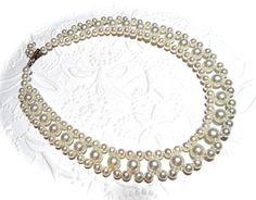 Hoi! Ik heb een geweldige listing op Etsy gevonden: https://www.etsy.com/nl/listing/487666584/vintage-pearl-kraag-ketting-vintage