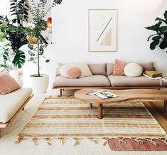 modern living room with minimal geometric art and neutral color palatte. Home Decoraiton modern living room with minimal geometric art and neutral color palatte. Home Decoraiton Emma Tyler emmatylers wohnzimmer […] living room art Living Room Modern, My Living Room, Living Room Designs, Home And Living, Living Spaces, Small Living, Cozy Living, Earth Tone Living Room Decor, Beige Sofa Living Room