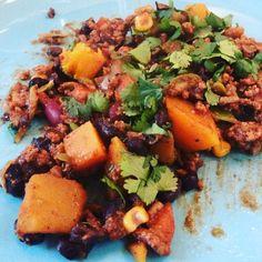 Easy pumpkin Chili. Homecooked -Onions -pumpkin -chopped tomatoes -Groundbeef -Alandalus Herbs from Jonnie de Boer (AH) -Cilantro