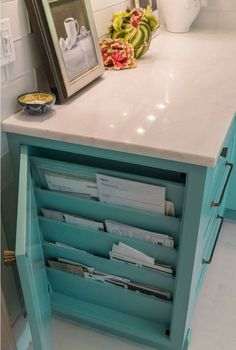 49 Brilliant Diy Kitchen Storage Organization Ideas 49 B… – Type Of Kitchen Storage Kitchen And Bath, New Kitchen, Kitchen Decor, Awesome Kitchen, Hidden Kitchen, Clever Kitchen Ideas, Kitchen Themes, Diy Kitchen Storage, Kitchen Organization