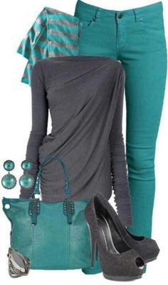 Wish I could pull this outfit off. Gray and Teal jeans Look Fashion, Winter Fashion, Fashion Outfits, Fashion Scarves, Street Fashion, Fashion Shoes, Fashion Trends, Fashionista Trends, Fashion Glamour