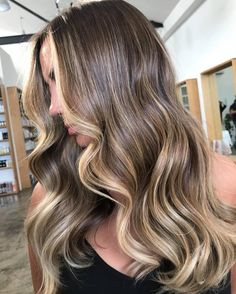 The most amazing dimensional balayage! The talent that comes from our @theemergingcompany just continues to grow and become stronger everyday! SO proud. This was created by @niko_edwardsandco usinga combination of #babylights #balayage and @olaplexau #olaplexau#edwardsandco #theemergingcompany #edwardsandcoalexandria