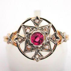 Les bijoux : anciens, d'Epoque, de style, authentiques Style Ancien, Ruby Rings, Authentique, Class Ring, Chanel, Jewellery, Accessories, Fashion, Ancient Jewelry