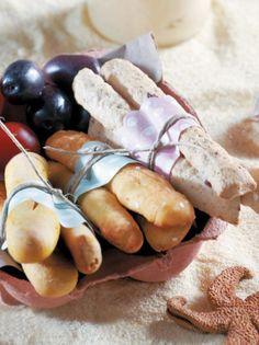 kritsinia-me-xoumous- Bread Art, Party Time, Food, Platter, Greek, Essen, Meals, Yemek, Greece