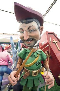 Jordi Evole de Robin Hood en Fallas 2014! Genial!