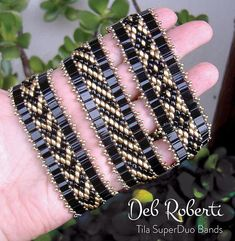 This beaded pattern tutorial is a DIGITAL FILE, downloadable in PDF file format ONLY. Once payment is confirmed, you will receive an email with a link to download your PDF pattern. If you have any problems downloading your PDF pattern, please contact me. I will be more than happy to send