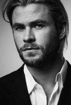 Chris Hemsworth - He is delicious