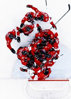 With a dominant win over Sweden, Canada won its gold medal of the Olympics and in hockey. James Reimer, Canada Hockey, Olympic Hockey, Hockey Boards, Going For Gold, Anaheim Ducks, Hockey Teams, Chicago Blackhawks, Sweden