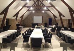't Westgoet, Zonnebeke (West-Vlaanderen) Conference Room, Wedding Ideas, Table, Furniture, Home Decor, Decoration Home, Room Decor, Tables, Home Furnishings