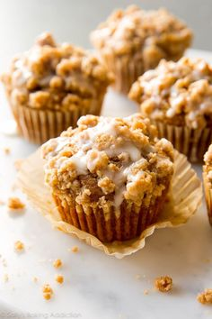 Very best pumpkin muffins! 💕 Soft and moist pumpkin crumb cake muffins with pumpkin pie spice and maple icing topping. Embrace the Fall with these festive pumpkin muffins! Best Pumpkin Muffins, Pumpkin Cheesecake Muffins, Pumpkin Muffin Recipes, Pumpkin Spice Cupcakes, Baked Pumpkin, Pumpkin Pie Spice, Pumpkin Crumb Cake Recipe, Recipes With Pumpkin, Gourmet