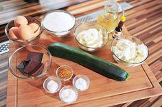 Cuketová buchta s Margotkou Zucchini, Vegetables, Food, Essen, Vegetable Recipes, Meals, Yemek, Veggies, Eten