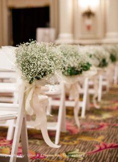 Stylish Cermony aisle decorations  with elegant babybreath flowers..w/o babies breath
