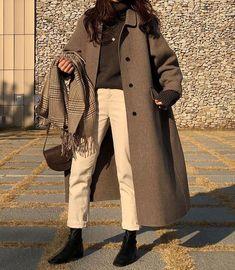 winter outfits korean Trendy dress winter outfit h - winteroutfits Ulzzang Fashion, Asian Fashion, Look Fashion, Trendy Fashion, Winter Fashion, Fashion Outfits, Korean Fashion Styles, Korean Fashion Winter, Fashion Mode