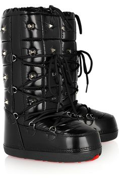 a02b607156e Valentino Studded snow boots Chuva