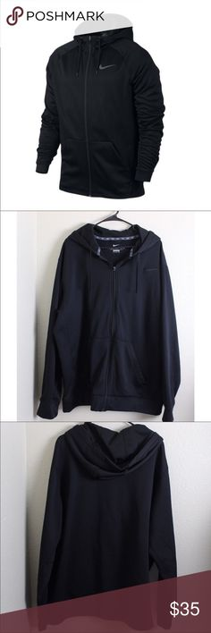 Nike Men's Sweater⭐️ Nike Men's zip up hoodie therma fit sweater all black XXL, great preloved conditions, looks new, no rips hole or stains, measurements laying flat arm pit to arm pit 31' length from shoulder to hem 32' ⭐️ 30% off when you bundle 3 or more items 👍🏻 Nike Sweaters