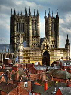 The Cathedral Church of the Blessed Virgin Mary of Lincoln in Lincoln, England (1185-1311).