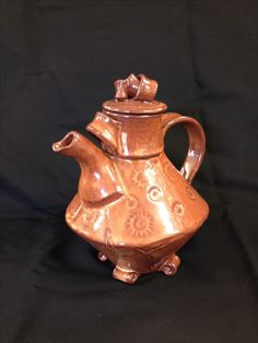 Teapot by Jane Tanner