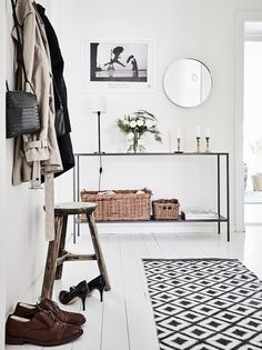 Get Inspired By This Board! http://www.homedesignideas.eu/ homedesignideas interiordesign homedecor Entryway Organization, Wardrobe Rack, Diy Home Decor, Entry Organization