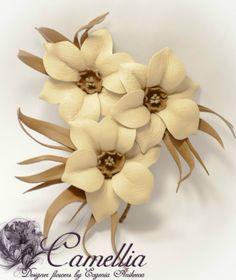Цветы броши из кожи своими руками