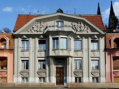 Casa Trifamigliare - Architetto Josef Chochol - 1912/13 - Praga, via Rašínovo nábřeží 6-10