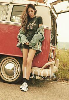 jennie, blackpink, and kpop image Blackpink Jennie, Blackpink Fashion, Korean Fashion, Fashion Black, Vw Bus, Blackpink Outfits, Jenny Kim, K Wallpaper, Look Magazine