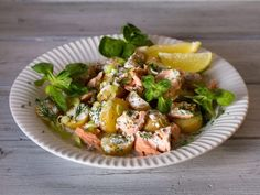 Mehukas peruna-lohisalaatti | Rosa Viini & Ruoka Potato Salad, Potatoes, Chicken, Meat, Ethnic Recipes, Potato, Cubs