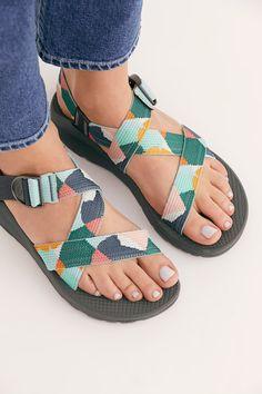 Women shoes 2018 2019 - Women shoes For Summer 2019 - Women shoes 2019 Summer - - Women shoes Wedges Espadrilles Women's Shoes, Shoes 2018, Wedge Shoes, Me Too Shoes, Shoe Boots, Ankle Boots, Shoes Sneakers, Flat Shoes, Chaco Shoes