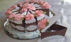 Está cada vez mais comum ser utilizado um bolo falso no lugar do bolo verdadeiro na mesa principal d