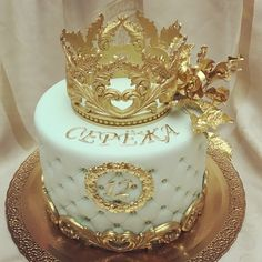 Popular birthday ideas for girls vintage ideas Elegant Birthday Cakes, Gold Birthday Cake, Adult Birthday Cakes, Girl Birthday, Birthday Ideas, Tiara Cake, Crown Cake, Fondant Crown, Girl Cakes
