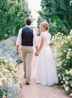 garden party, wedding, bridal pictures