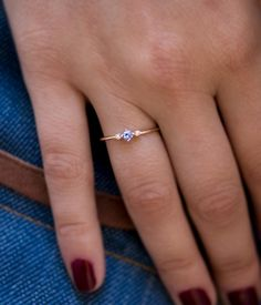 Modern Moissanite Engagement Ring Set White Gold Engagement Rings Leaf Moissanite Ring with Matching Band - Fine Jewelry Ideas Pink Jewelry, Cute Jewelry, Jewelry Gifts, Jewelry Accessories, Luxury Jewelry, Diamond Jewelry, Single Diamond Ring, Diamond Rings With Price, Big Engagement Rings