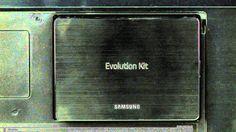 O passado nunca mais: entenda o Evolution Kit das Smart TVs Samsung - http://www.showmetech.com.br/o-passado-nunca-mais-atualize-sua-smart-tv-com-o-evolution-kit-da-samsung/