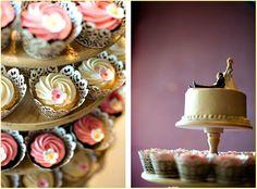love flowers on cupcakes! (photo: verosuh)