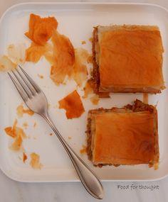 Food for thought: Μελιτζανόπιτα με κιμά