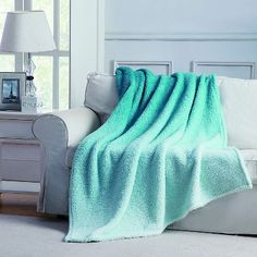 Jessica Ombre Throw - Vivid Teal