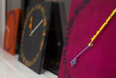 Gli #orologi TIME FOR YOU #clock #clocks #time #times #colour #colours #pink #black #orange #hands #art #design #artdesign #moment #moments #creative #creatives #photo #technology #tecn #elettronic #studioexpoint #centrodirezionale #tretorri #brescia #bs