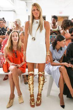 Anna Dello Russo in Tom Ford Boots, New York Fashion Week, Sep 2013 Dope Fashion, Fashion Days, Everyday Fashion, Fashion Outfits, Womens Fashion, Anna Dello Russo, Moda Dope, Balenciaga Dress, Fashion Lookbook