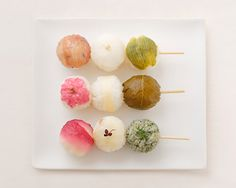 dango temari sushi for cherry blossom viewing