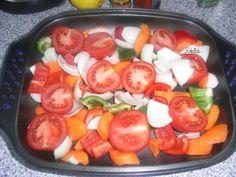 Pulpe de pui dezosate cu legume la cuptor din Carte de bucate, Mancaruri. Specific Romania. Cum sa faci Pulpe de pui dezosate cu legume la cuptor