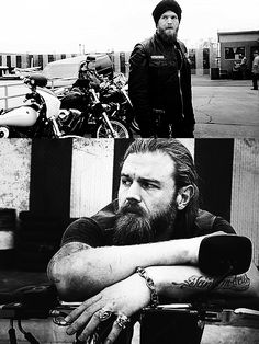 Ryan hurst as opie on Sons of Anarchy. Yum.