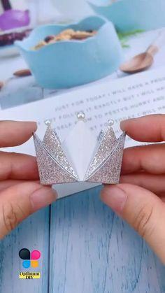 Diy Crafts Hacks, Diy Crafts For Gifts, Diy Crafts Videos, Creative Crafts, Paper Crafts Origami, Paper Crafts For Kids, Diy For Kids, Instruções Origami, Origami And Kirigami