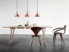 Jo Hammerborg designed the Orient pendant light in 1962 for the Danish lighting company Fog & Morup. Fritz Hansen has chosen to relaunch Orient in close cooperation with the Hammerborg family. Copper Pendant Lights, Copper Lamps, Copper Lighting, Pendant Lamp, Light Pendant, Fritz Hansen, Light Luz, Berlin Design, Furniture