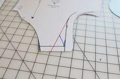 Wide or Narrow Shoulder Adjustment | Colette Patterns Sewalongs