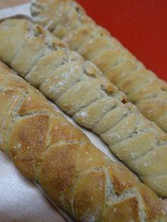 LA TRESSE Le pain au levain hummmm-------->http://lesdelicesdesandstyle.over-blog.com/2015/03/la-tresse.html
